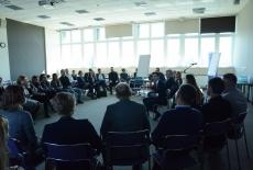 Uczestnicy warsztatów w sali KSAP.