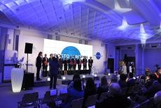 Grupowe zdjęcie przedstawicieli instytucji, które podpisały porozumienie