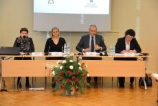 W prezydium siedzą od lewej: Katarzyna Woś, Kierownik BD KSAP, Sylwia Ojdym Zastępca Dyrektora KSAP, Marek Kuberski MSZ, Magdalena Józefecka MR.