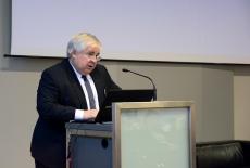 Dariusz Milka, wiceprzewodniczący Rady ds. Cyfryzacji przy Ministrze Cyfryzacji przy mównicy