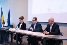Przedstawiciele KSAP i Fundacji Liderzy Przemian podczas otwarcia seminarium