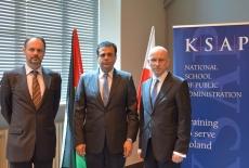 Zdjęcie grupowe: od lewej Grzrgorz Korczyński, Azmi Al-Daqqa, Przemysław Wyganowski.