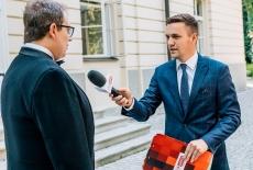 Dyrektor KSAP udziela wywiadu