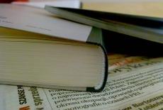 zdjęcie przedstawia kawałek książki w zbliżeniu