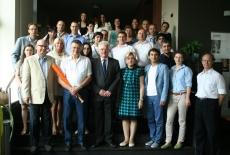 Zdjęcie grupowe uczestników