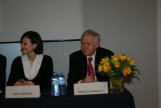 Absolwenci KSAP prowadzący konferencję