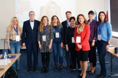zdjęcie grupowe uczestników spotkania