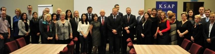 Zdjęcie grupowe Uczestników studium kontroli